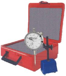 Chicago Brand Long-Range Dial Indictor with Magnetic Base